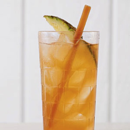 Organic Sugar Cane Swizzle Sticks in Iced Tea